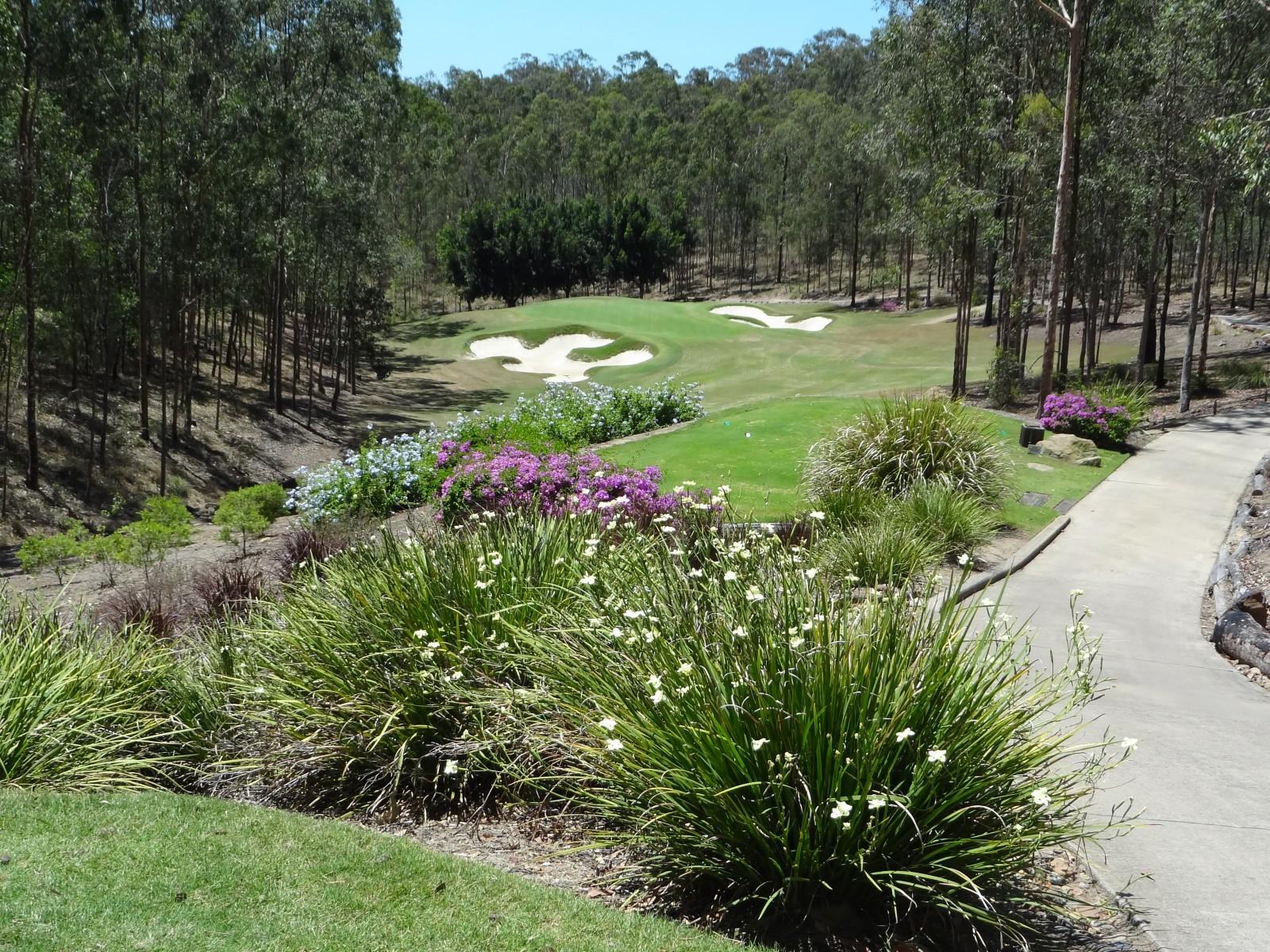 Loch 5, das erste Par 3 im Brookwater Golf Club