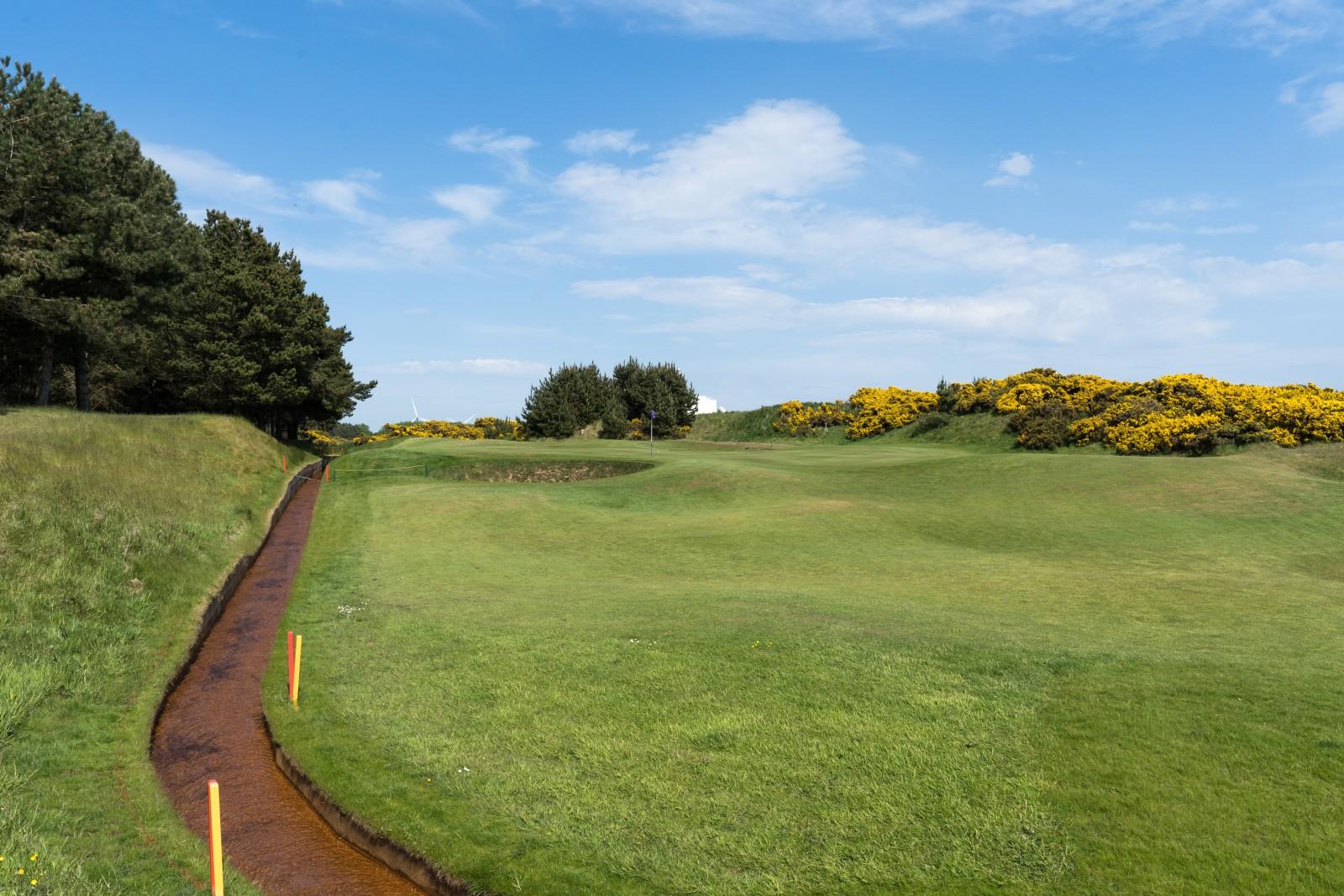 Dundonald Links Loch 6