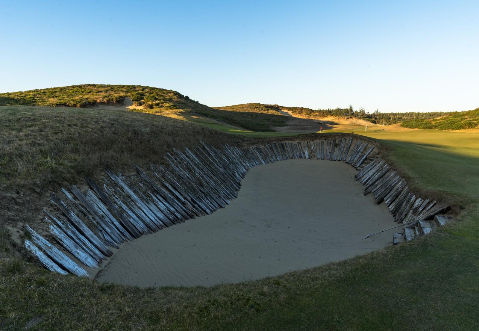 Hinter den Alps von Old MacDonald lauert ein Bunker