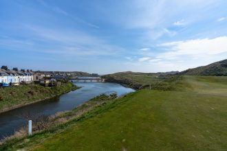 Cruden Bay, Loch 4